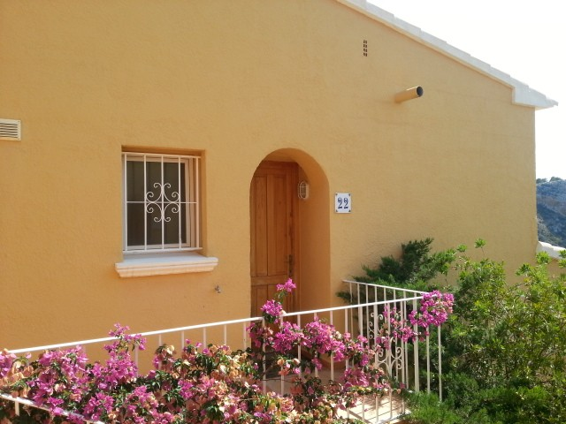 Cumbre del Sol Apartment For Sale - €120,000