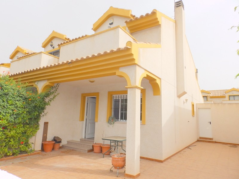Santiago de la Ribera Semi Detached For Sale - €105,000