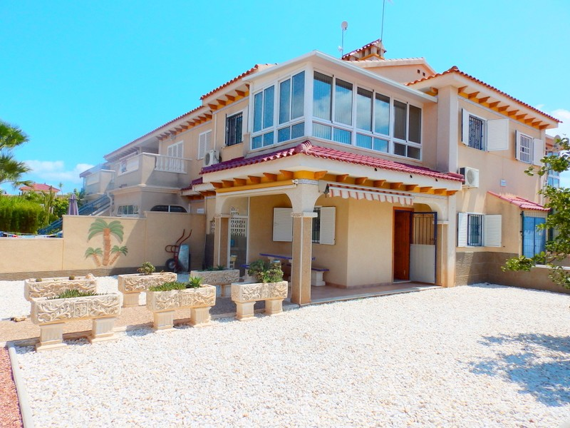 Playa Flamenca Townhouse For Sale - €159,995