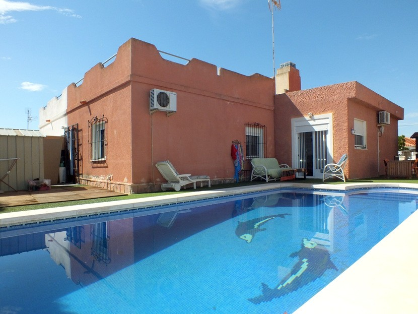 Torrevieja Villa For Sale - €170,000