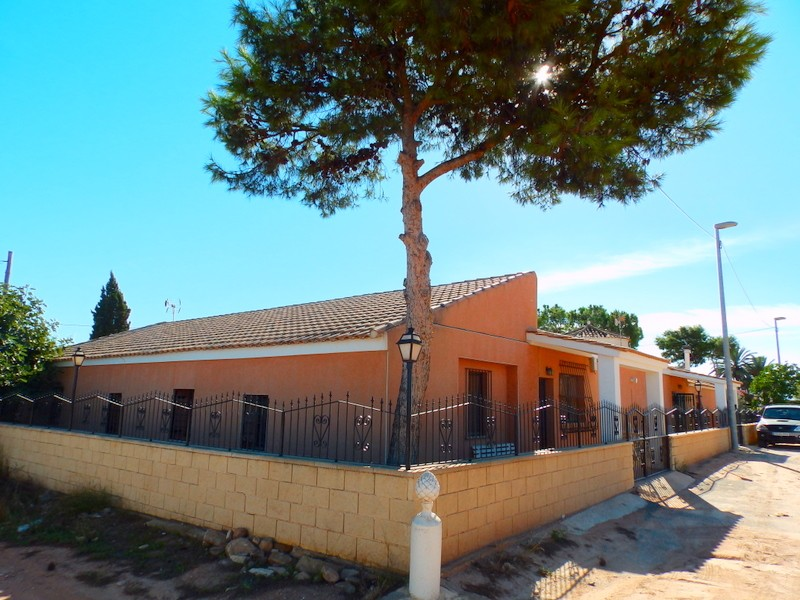 San Cayetano Finca For Sale - €320,000