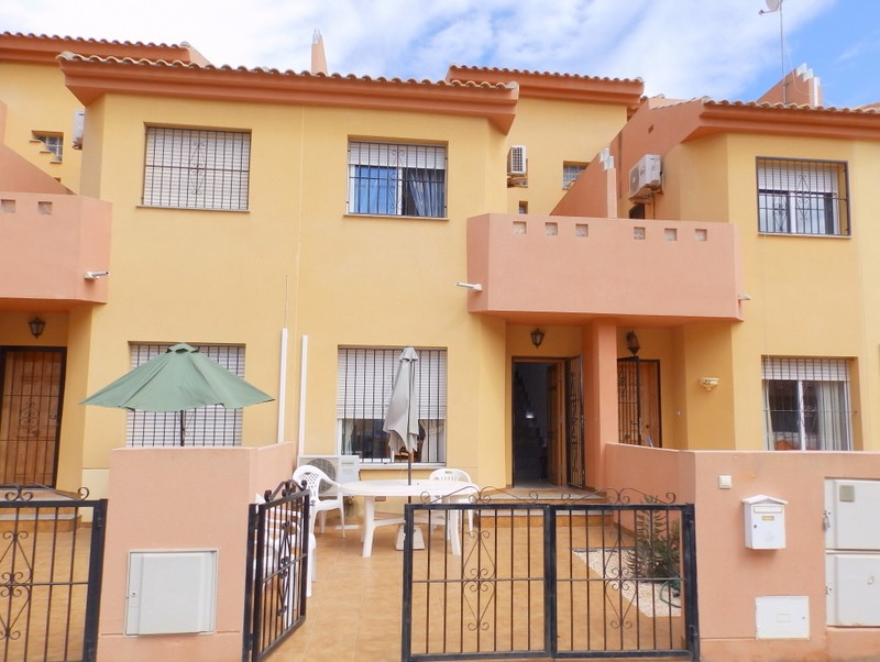 Townhouse in Cabo Roig - €149,000 - Ref:431