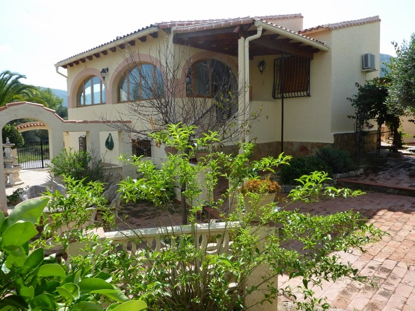 Orba Villa For Sale - €249,950