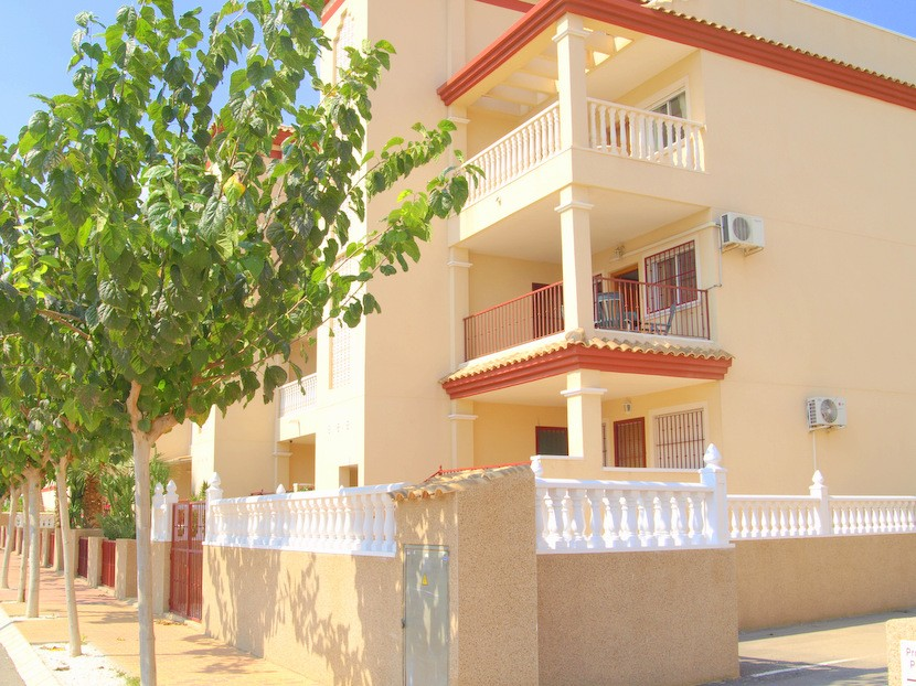 San Pedro del Pinatar Apartment For Sale - €75,950