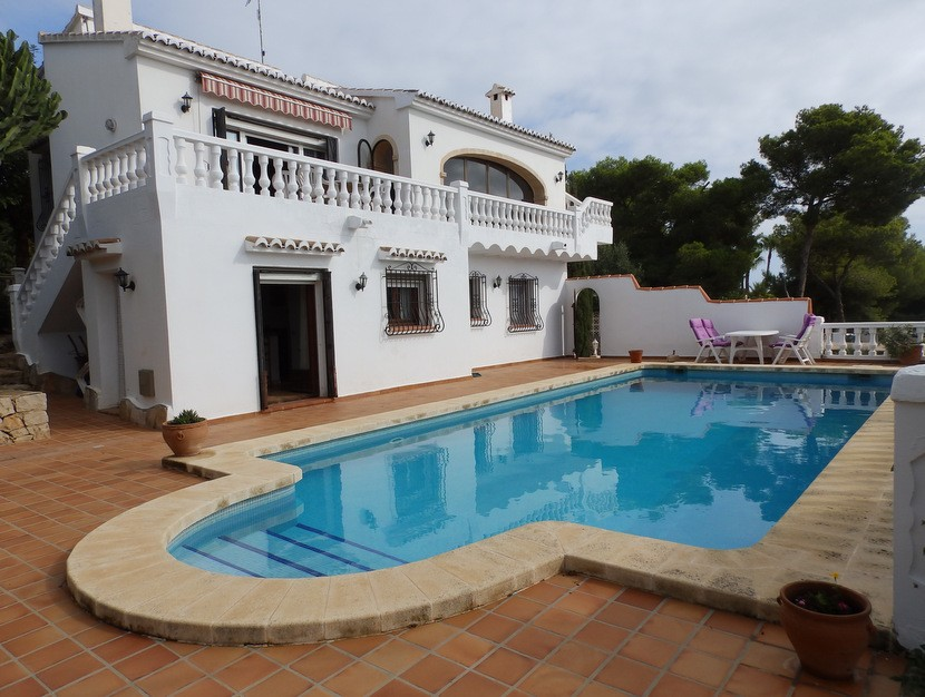Javea Villa For Sale - €420,000