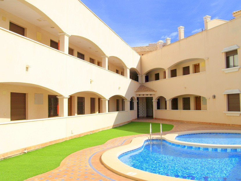 San Cayetano Apartment For Sale - €81,750