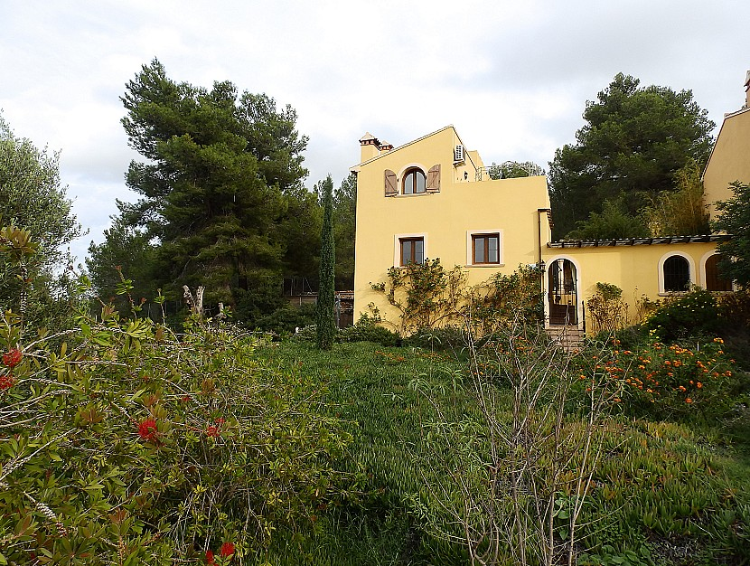 Lliber Villa For Sale - €199,000