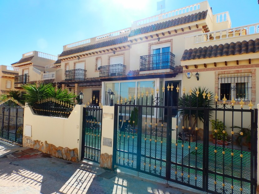 Playa Flamenca Townhouse For Sale - €185,000