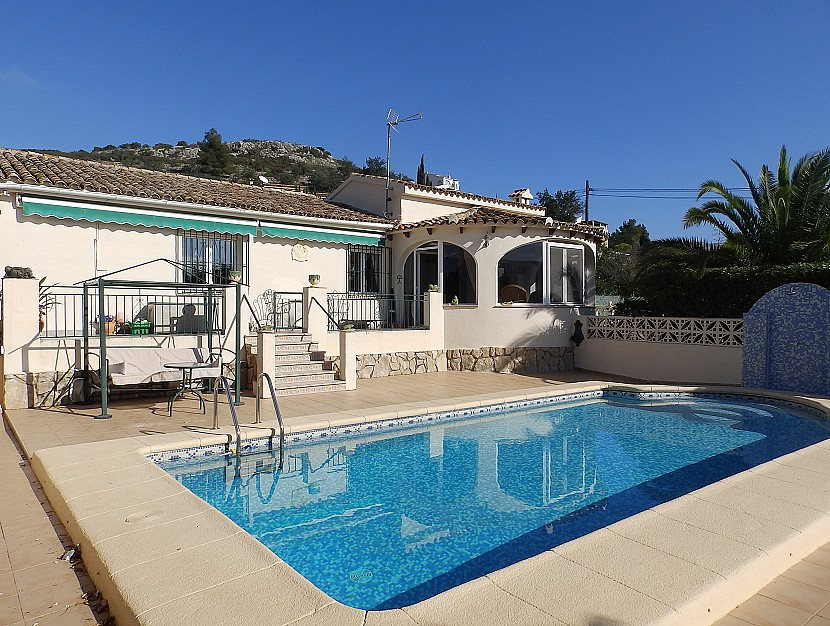Gata de Gorgos Villa For Sale - €249,500