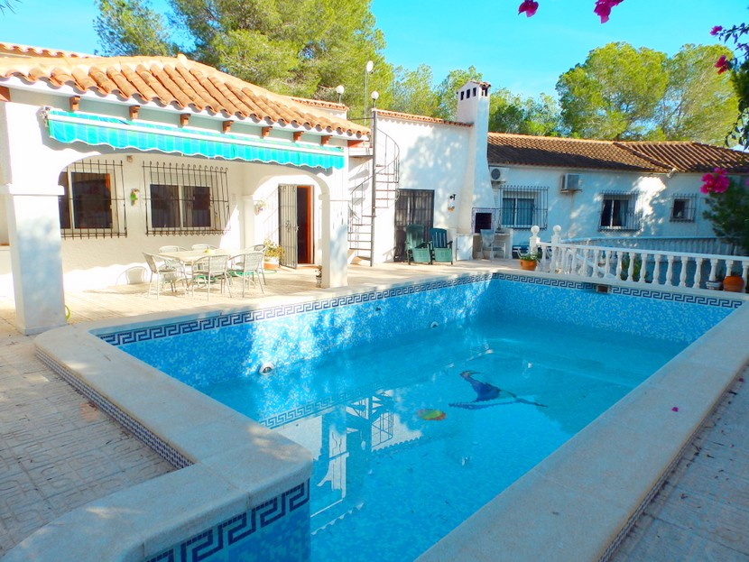 Pinar de Campoverde Villa For Sale - €375,000