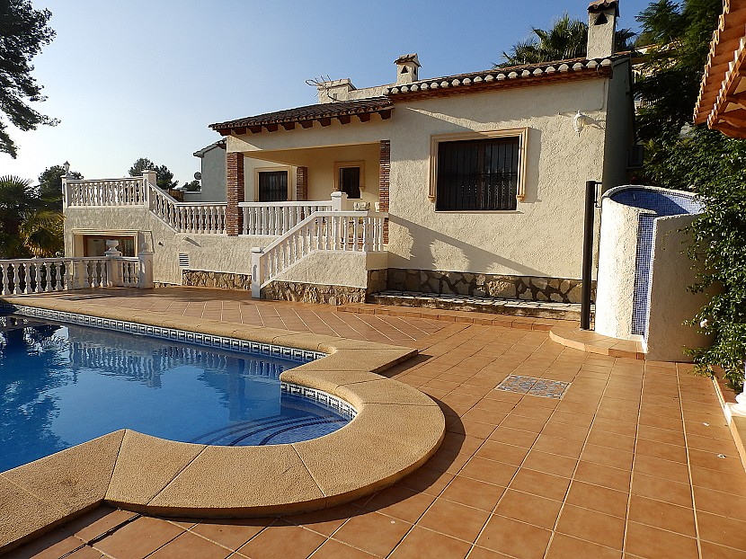 Villa in Jalon - €249,950 - Ref:837