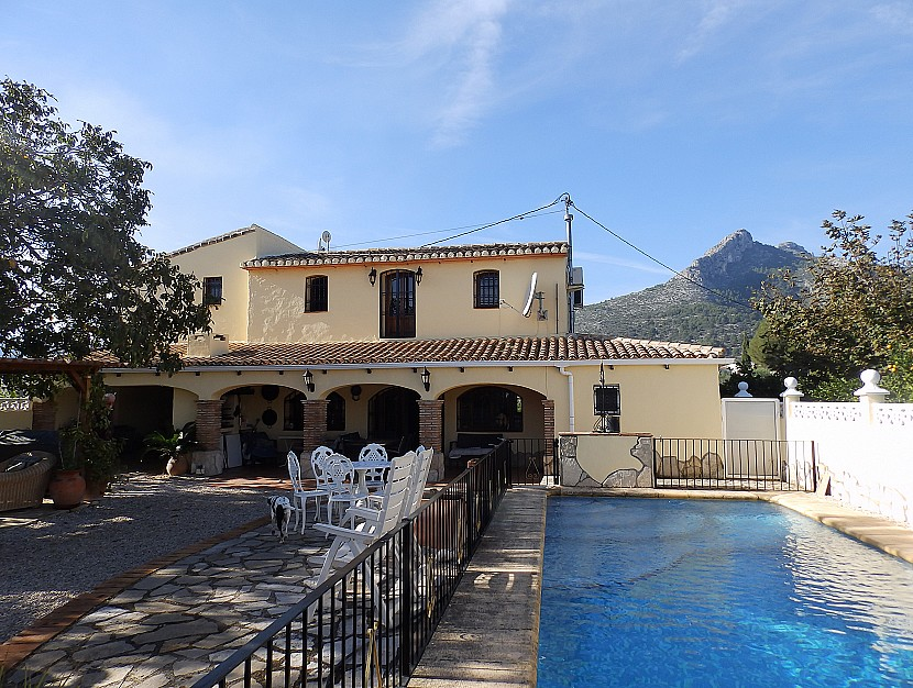 Country Property in Sagra - €320,000 - Ref:999