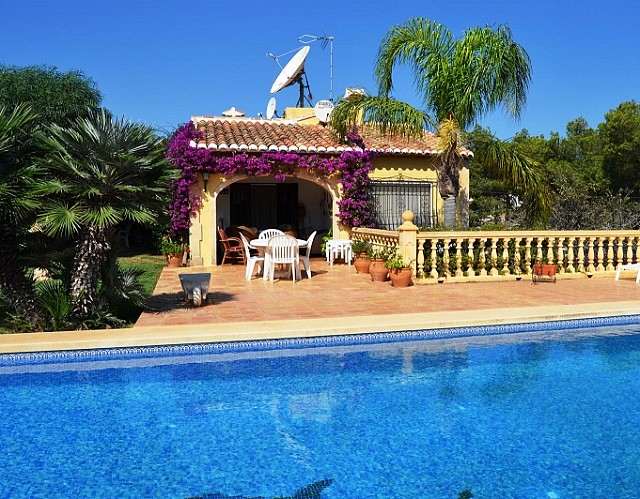 Javea Villa For Sale - €330,000