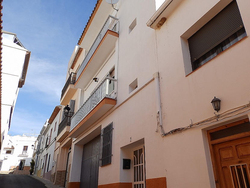 Parcent Townhouse For Sale - €130,000