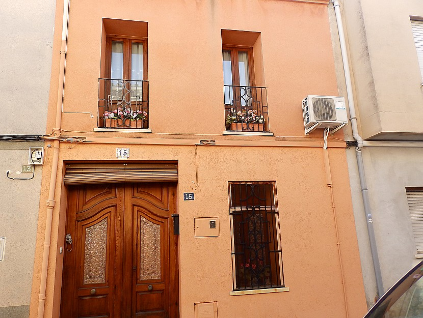 Pedreguer Townhouse For Sale - €195,000