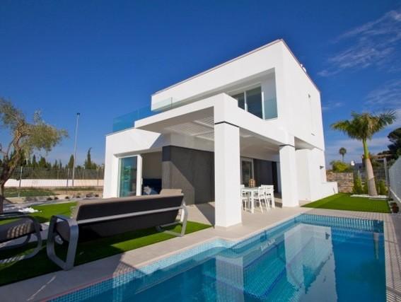 Villa in Santiago de la Ribera - €395,000 - Ref:1133