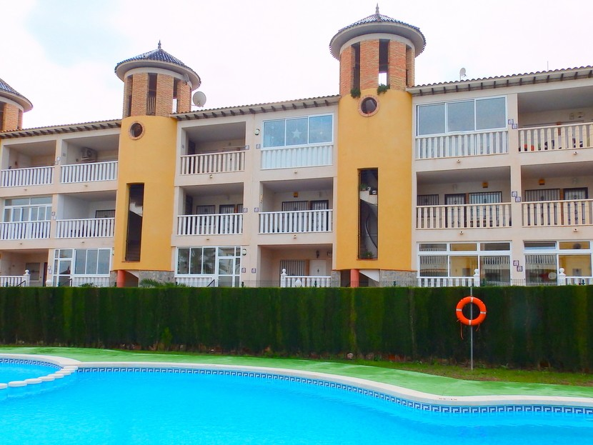 Apartment in Villamartin - €74,995 - Ref:54