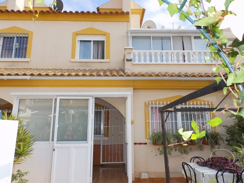 Playa Flamenca Townhouse For Sale - €149,000