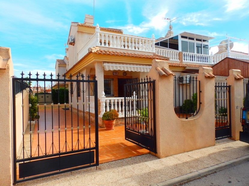 Playa Flamenca Semi Detached For Sale - €169,995
