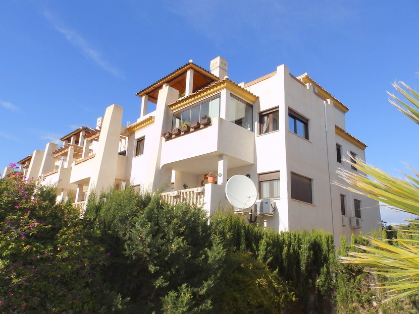 Las Ramblas Golf Penthouse For Sale - €199,995