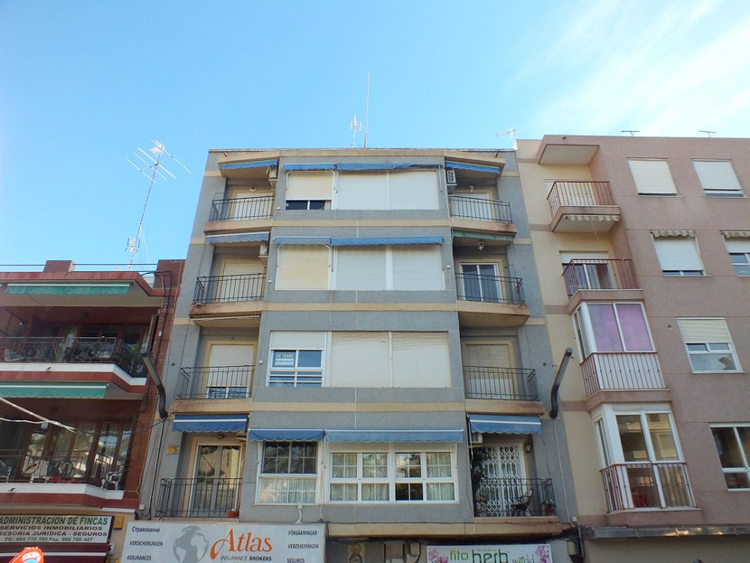 Torrevieja Apartment For Sale - €72,000