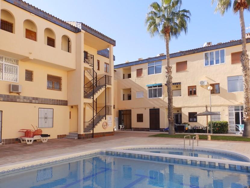 Apartment in Punta Prima - €62,000 - Ref:20