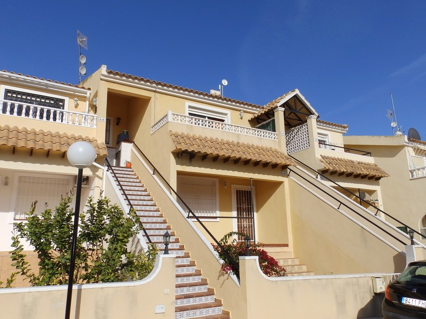 Apartment in Villamartin - €49,995 - Ref:7