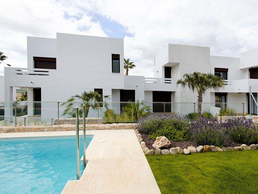 La FincaPenthouse For Sale - €135,000