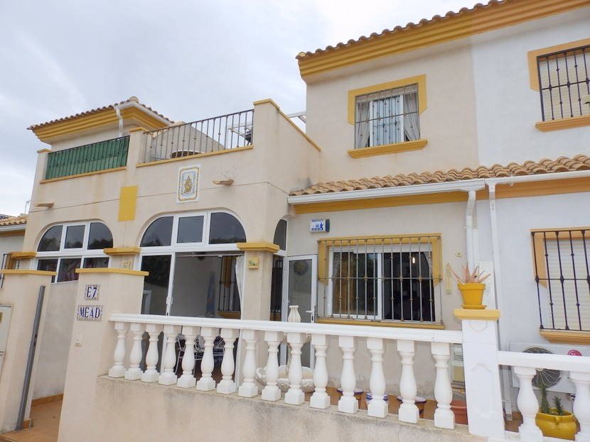 Los Altos Townhouse For Sale - €89,995