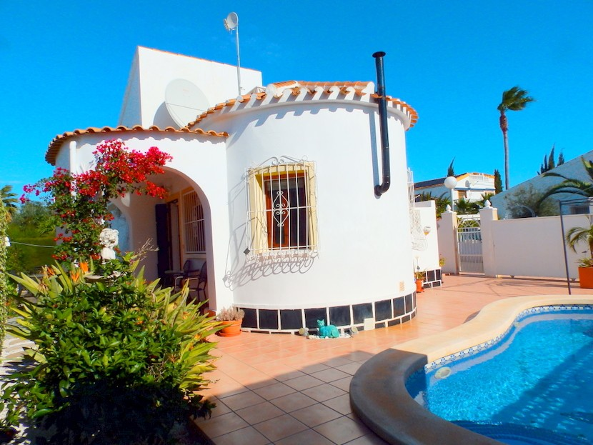 La Florida Villa For Sale - €210,000