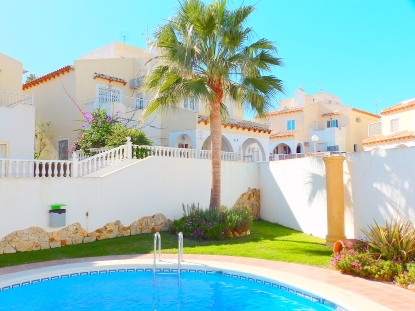 Villamartin Townhouse For Sale - €109,995