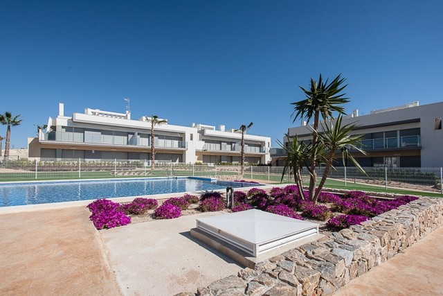 Los Montesinos Penthouse For Sale - €149,000