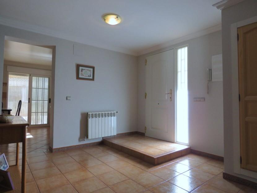 Entrance hall - 4 bedroom 3 bathroom Olocau