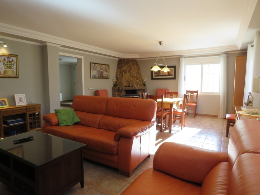 Living room - 4 bedroom 3 bathroom Olocau