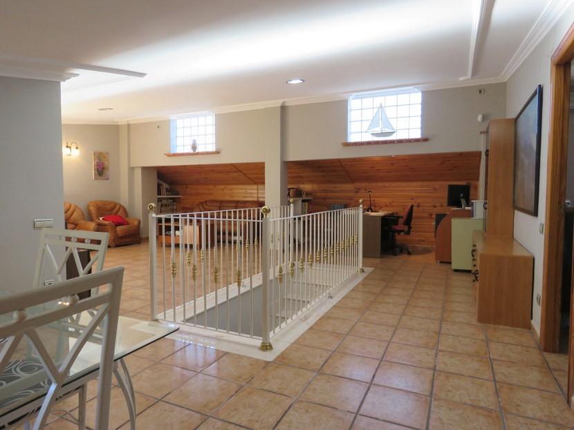 Open plan lounge area upstairs - 4 bedroom 3 bathroom Olocau