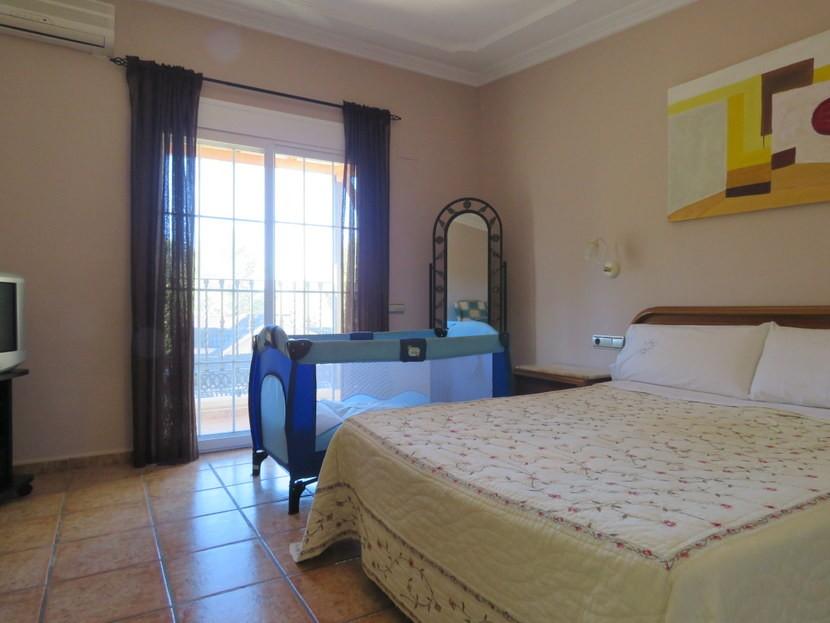 3rd bedroom - 4 bedroom 3 bathroom Olocau