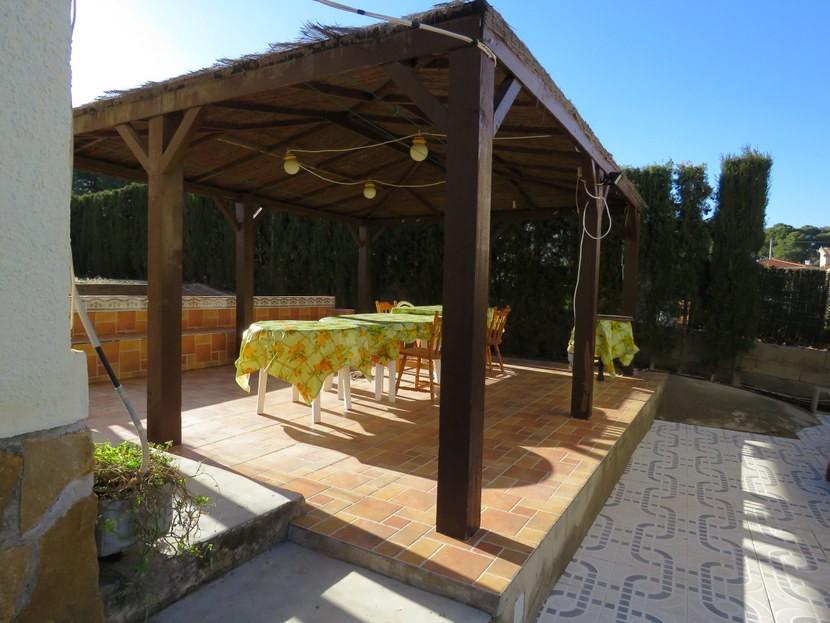 Terrace  - 4 bed 1 bath Villa Vilamarchante
