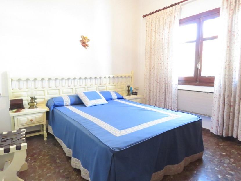 Master bedroom  - 3 bed 3 bathroom Villamarchante