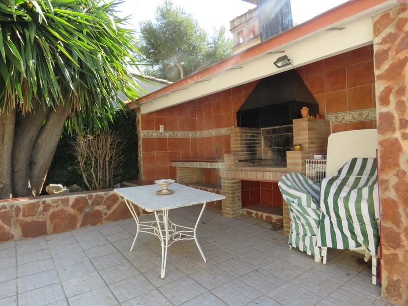 Outdoor kitchen  - 3 bed 3 bathroom Villamarchante