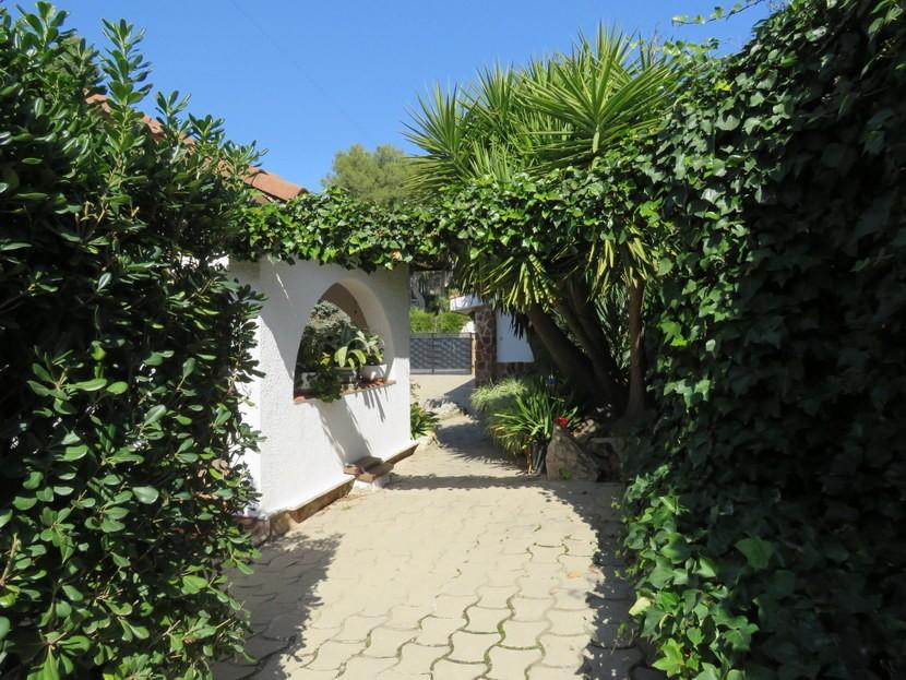 Garden  - 3 bed 3 bathroom Villamarchante