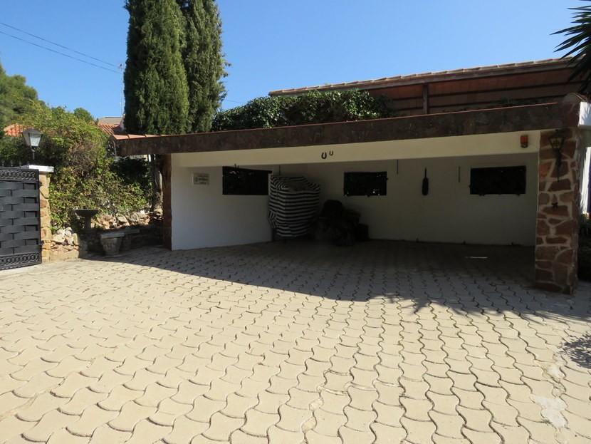 Garage  - 3 bed 3 bathroom Villamarchante