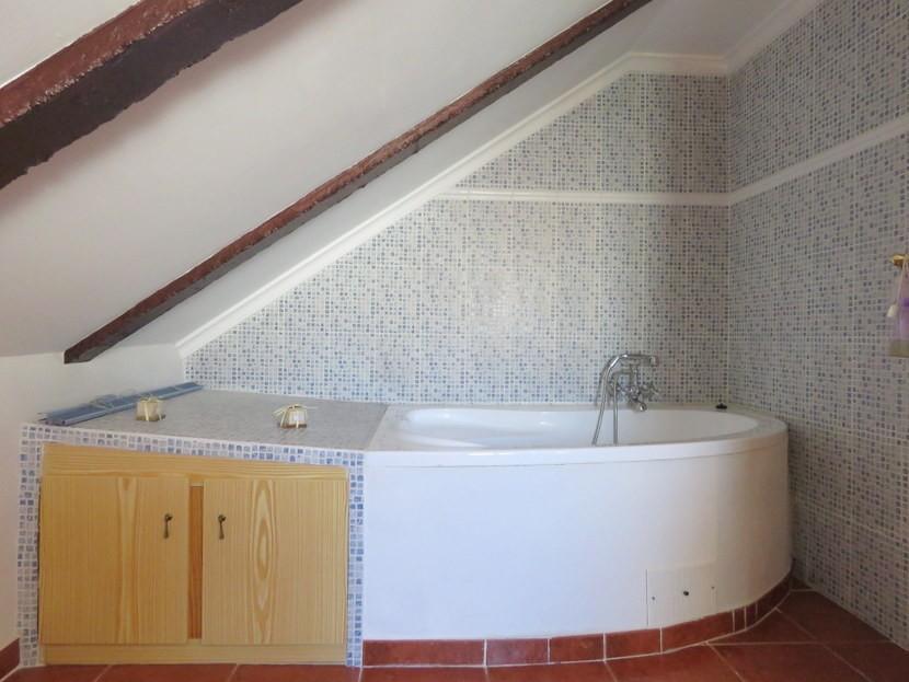 Corner bath  - 3 bed 3 bath Villamarchante
