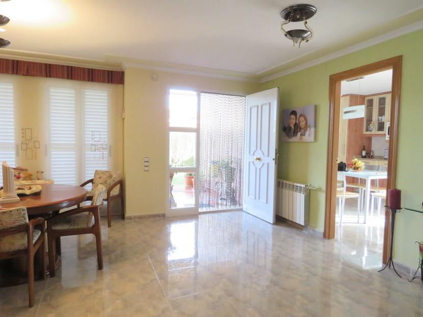 Entrance hall - 4 bedroom 3 bathroom Villa Marines