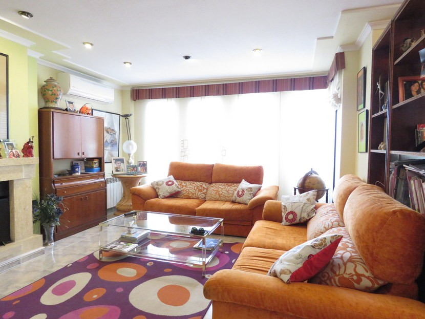 Living room - 4 bedroom 3 bathroom Villa Marines