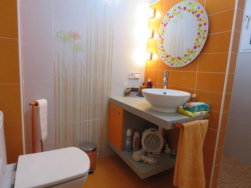 Downstairs bathroom - 4 bedroom 3 bathroom Villa Marines