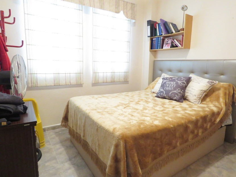 1st bedroom - 4 bedroom 3 bathroom Villa Marines