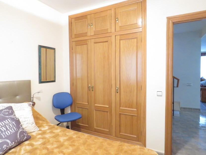 Built in wardrobes - 4 bedroom 3 bathroom Villa Marines