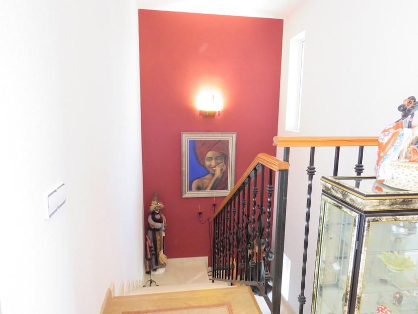 Upstairs - 4 bedroom 3 bathroom Villa Marines