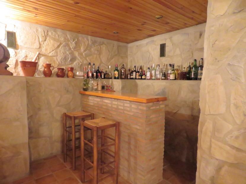 Bar - 4 bedroom 3 bathroom Villa Marines