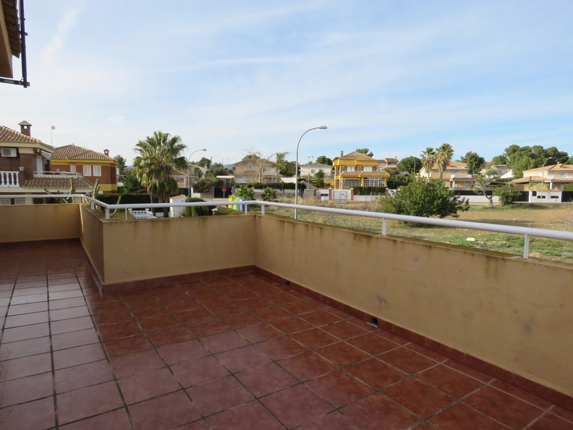Terrace - 4 bedroom 3 bathroom Villa Marines